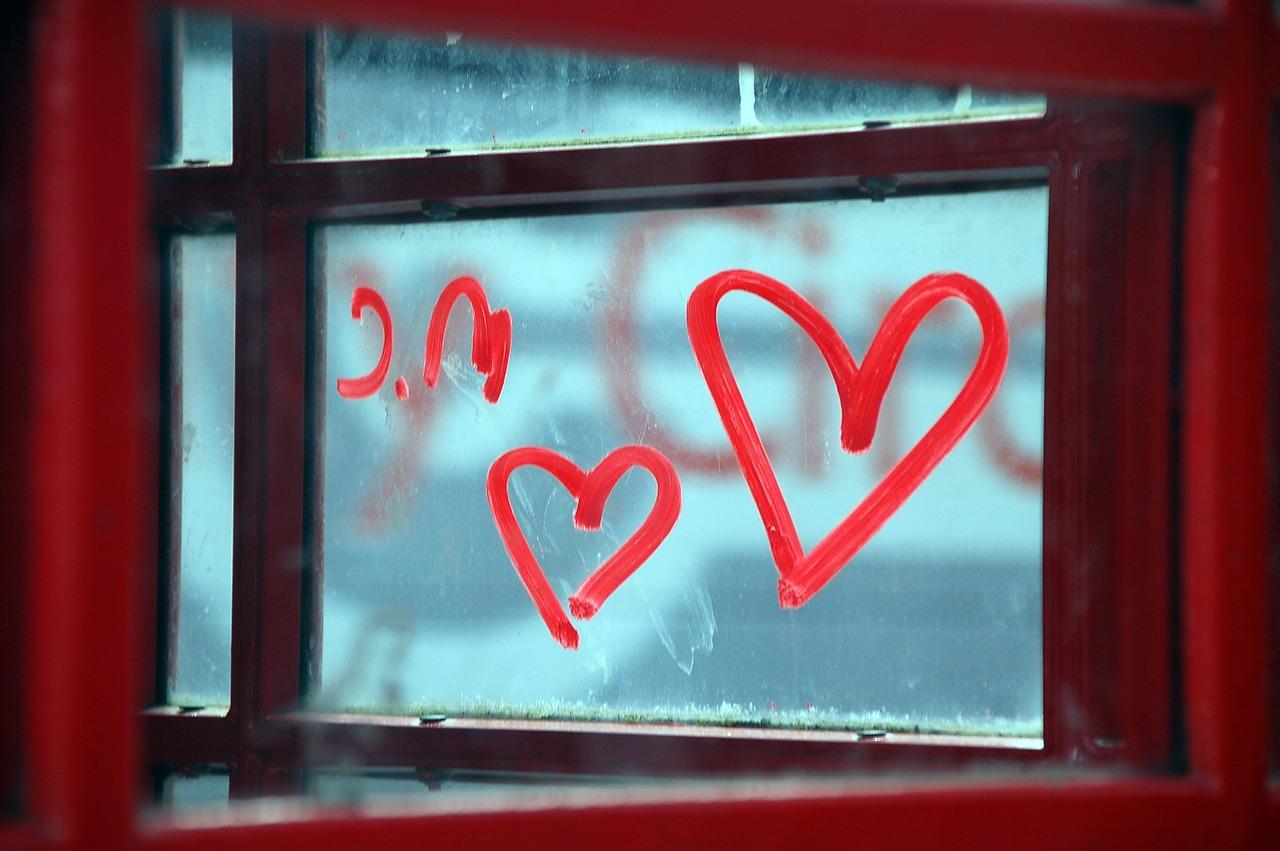 窓 ハート
